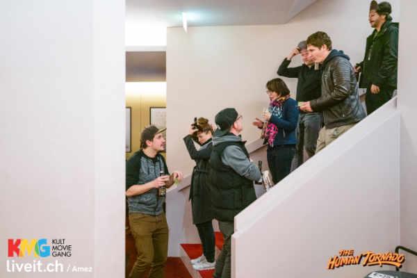 humantornado_foyer_3c