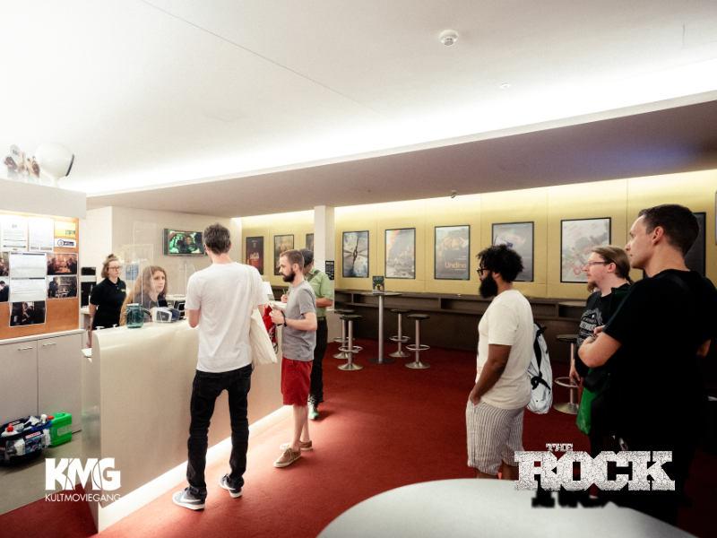 therock_foyer_1e